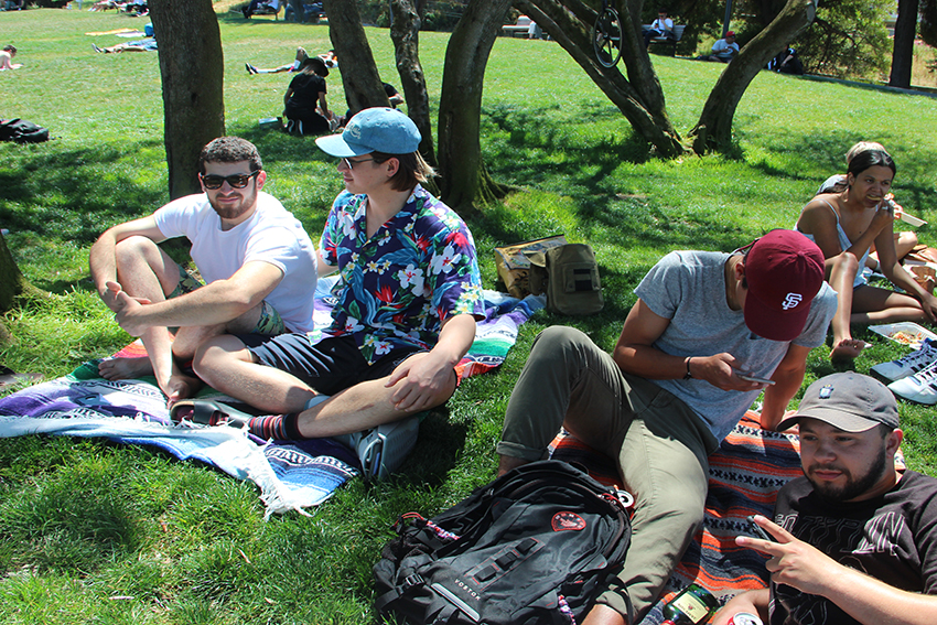 Few trash offenders sighted on first day of hot weekend in Dolores Park (updated Saturday)