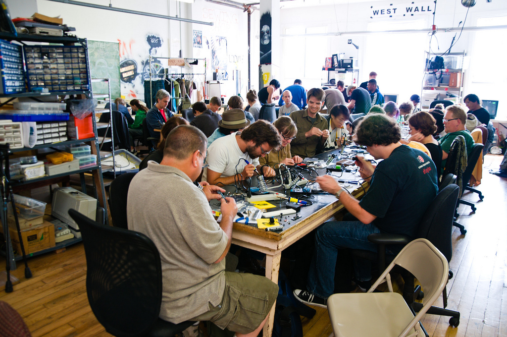 Collaborative hackerspace Noisebridge faces displacement from SF Mission