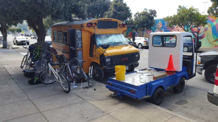 Suspected thieves, found in possession of school bus full of bikes, quickly released in SF
