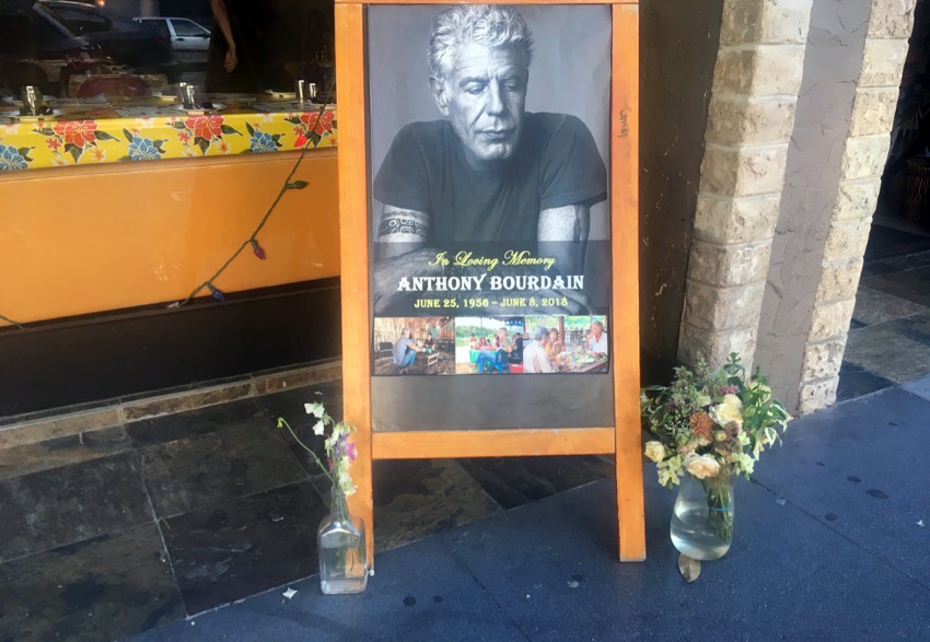 SNAP: Hawker Fare pays its respects to Anthony Bourdain