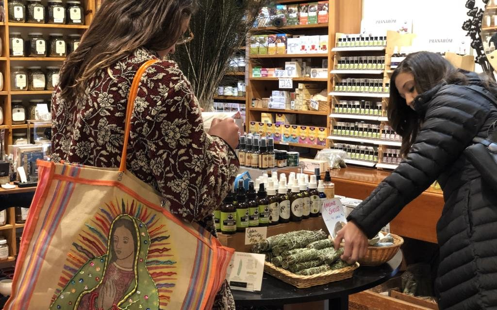 SF's Mission stayed local this holiday season and gave retail a push
