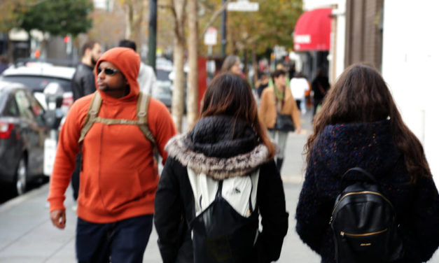 Snap: Proximity of backpacks