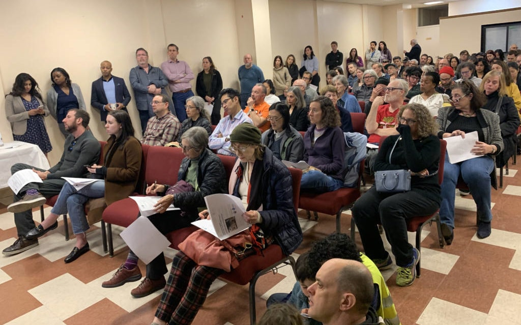 Community demands transparency and more involvement in a proposal to open a Hummingbird Place on Valencia Street