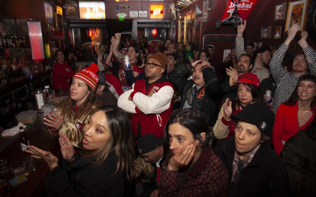 49ers Super Bowl: Gloom sets in among Mission District fans as they watch Kansas City take the game