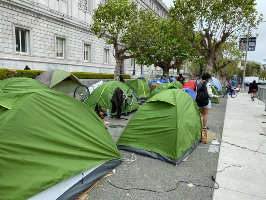 Cops Roll Into Huge Civic Center Homeless Encampment Residents Say They Were Forced To Stay In Tents During Curfew Mission Local