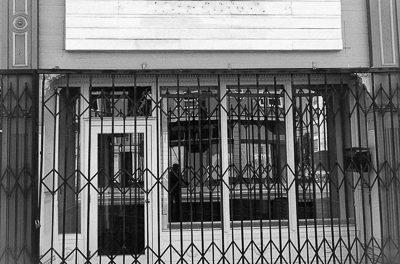 Photo Essay: The coronavirus turns Valencia Street into a ghost town-like corridor