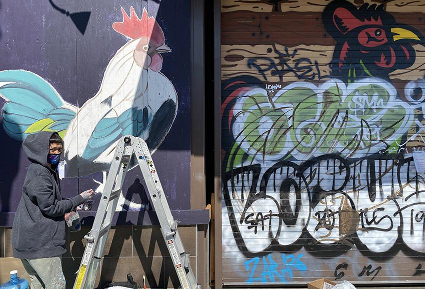 Snap: Artist at work