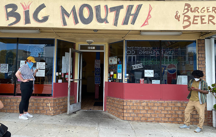 'Big Mouth endures': The Great Burger War stops in at Big Mouth