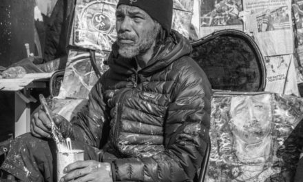 Homeless artist Ronnie Goodman, 60, dies at Capp and 16th Streets (updated)