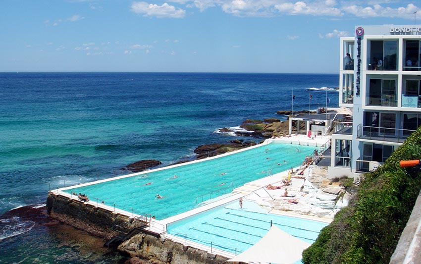 Top 10 Extraordinary Hotel Pools