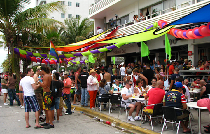 miami palace bar