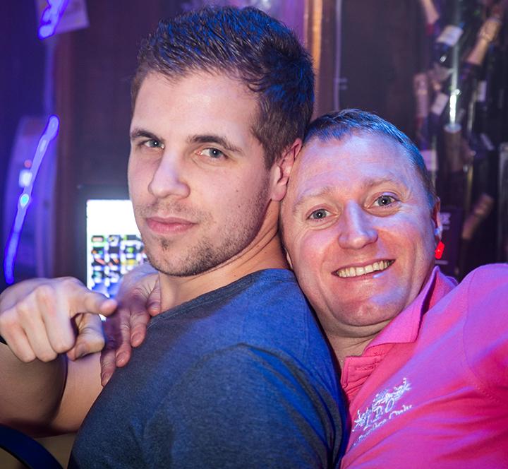 lieu rencontre gay bar à Franconville