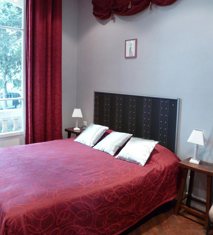 hotel victor hugo nice gay-friendly gay