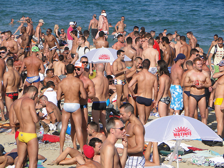 Plage gay Barcelone