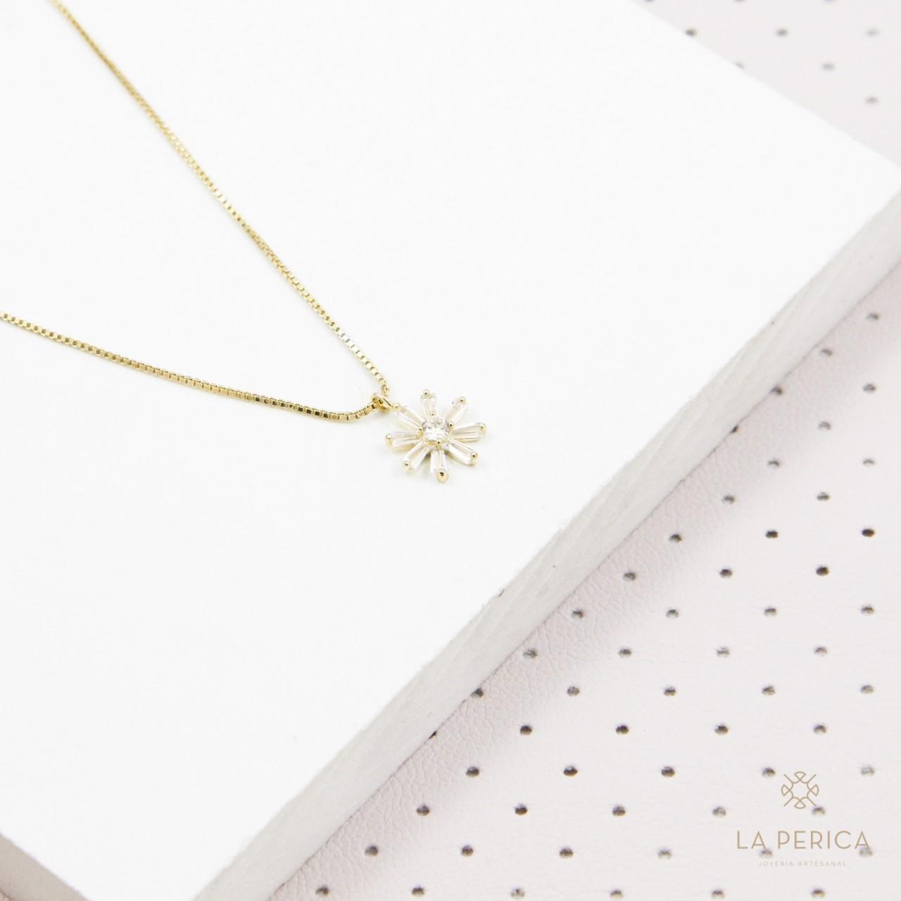 e441333cb5ed Collar Margarita Cristal (plata enchapada en oro)