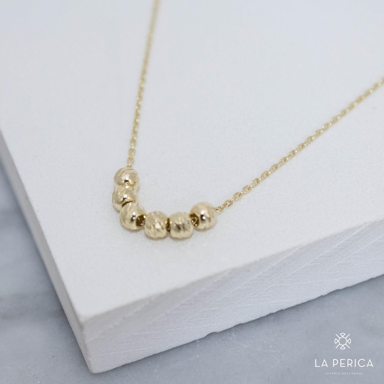 41ebbbb04f0e Collar Billas (Plata enchapada en oro)