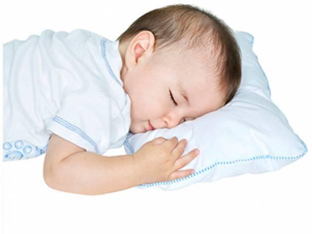 MATERNELLE - Almohadita bebé antialérgica Celeste.