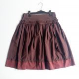 Falda tipo pollera color guinda   (#33THRIFTSHOP)