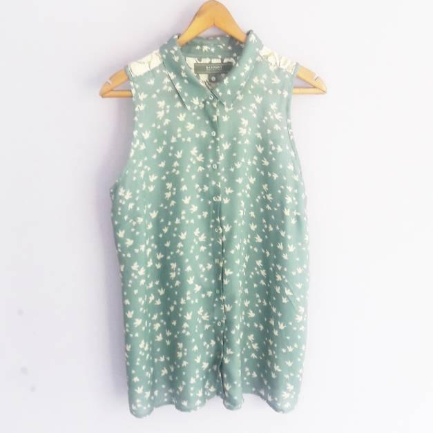 Blusa sin mangas estampado de pajaritos  (#33THRIFTSHOP)