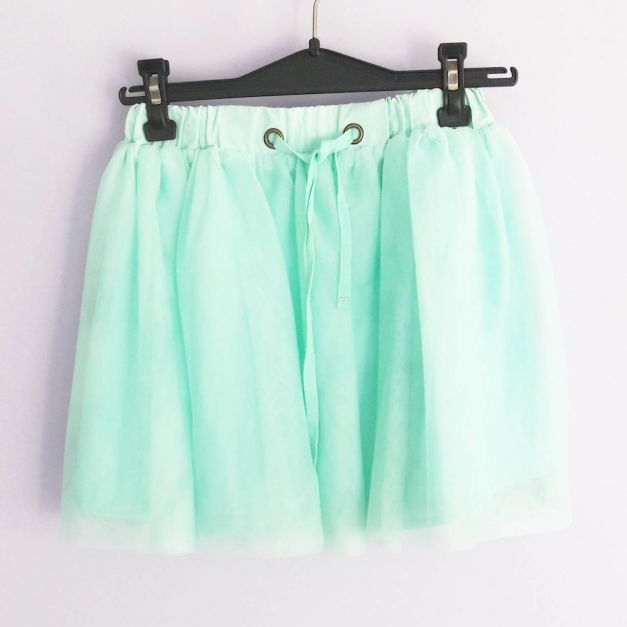 Falda de tul verde pastel  (#33THRIFTSHOP)
