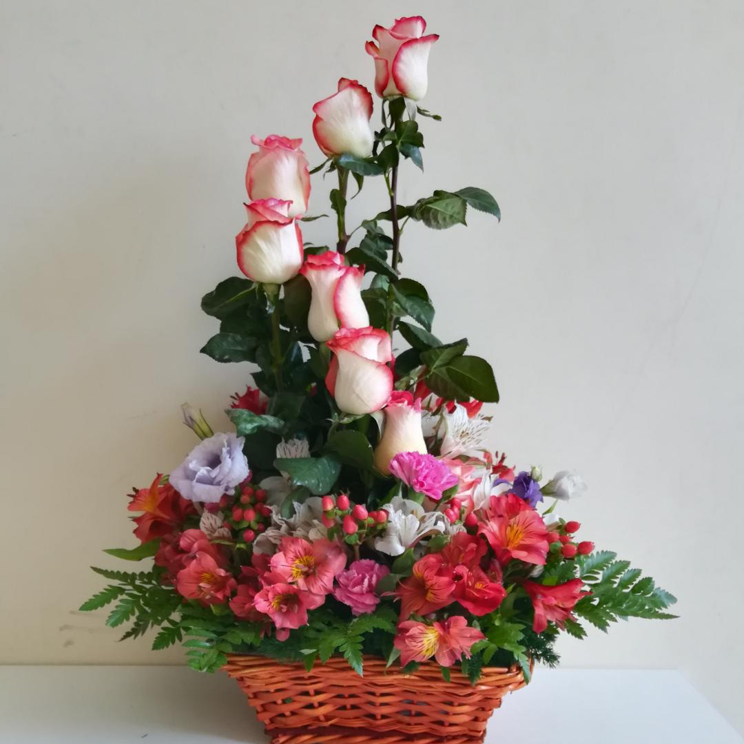 Floreria Delivery Lima Detalle Con Rosas Espiral