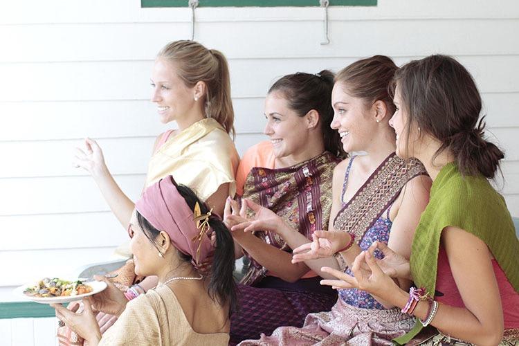 happy thai massage mays thai