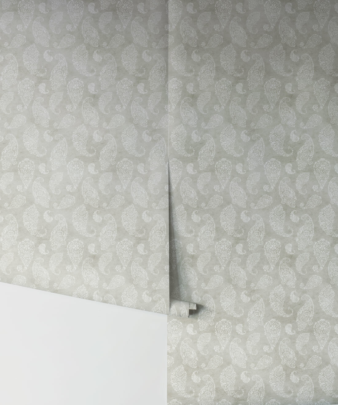 Paisley Wallpaper Beige