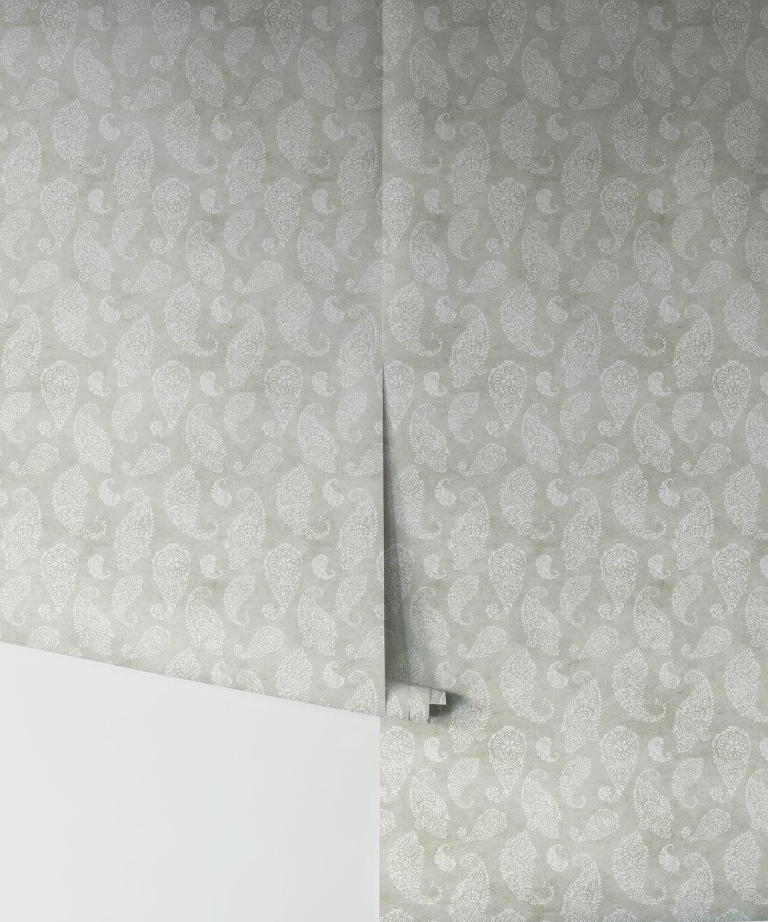 Paisley Wallpaper