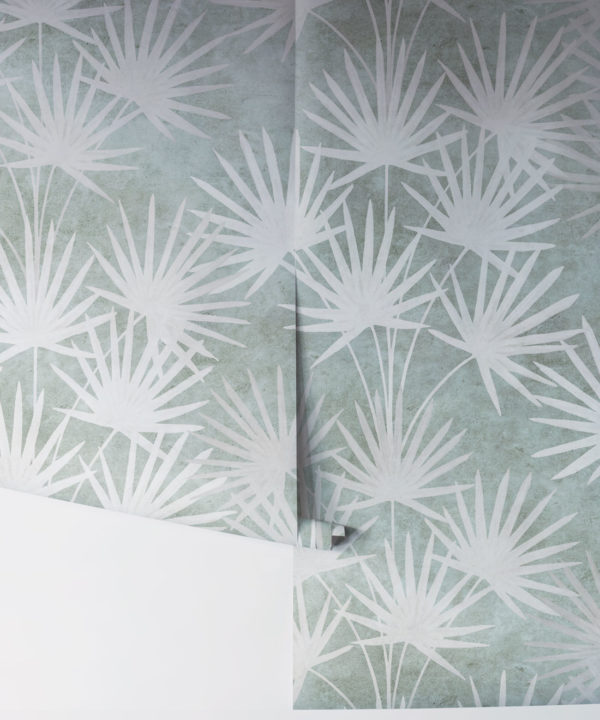 Oriental Palm leaf wallpaper