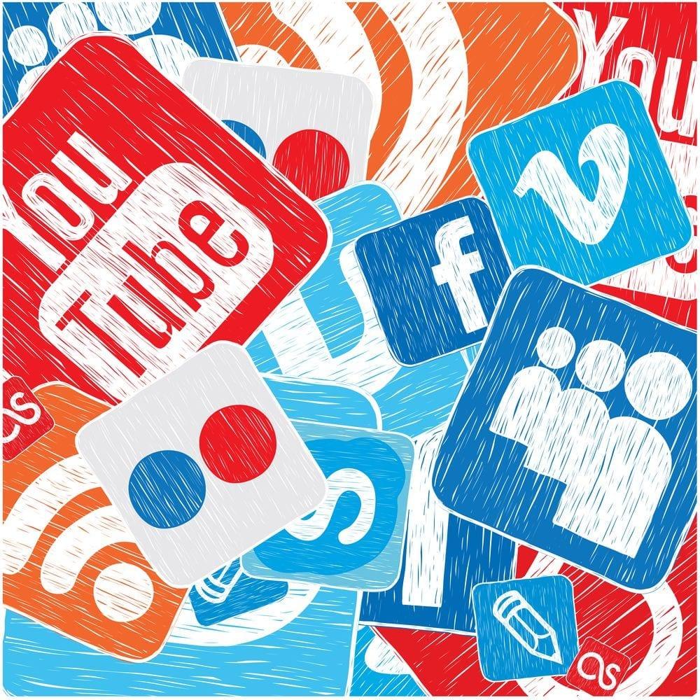 comunicacao-nas-redes-sociais-veja-como-agir-em-cada-midia.jpeg