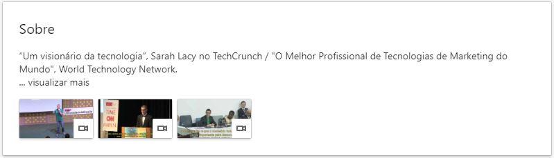 """Resumo no LinkedIn: imagem do campo sobre do Marco Gomes que possui o seguinte texto: """"Um visionário da tecnologia"""", Sarah Lacy no TechCrunch / """"O Melhor Profissional de Tecnologias de Marketing do Mundo"""", World Technology Network."""