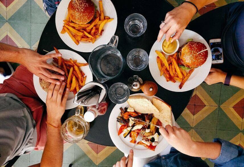 Guia completo sobre marketing para restaurantes que você deve conhecer!