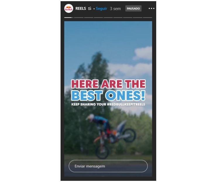 Marketing no Instagram: imagem de uma tela de Reels com um motoqueiro fazendo uma manobra