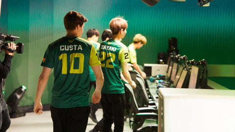 42d736c1a Los Angeles Valiant Struggle in Overwatch League Stage One
