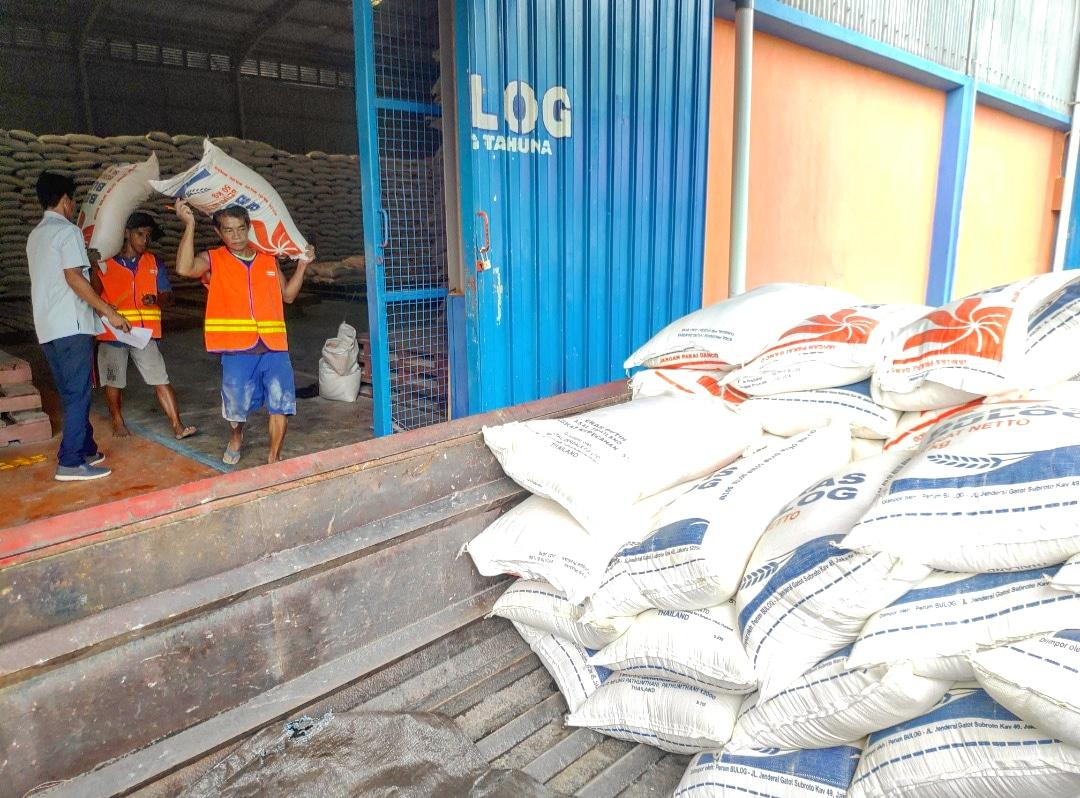 Bulog Tahuna Pastikan Stok Beras Di Kabupaten Kepulauan Sangihe Sitaro Dan Talaud Aman Manado Line
