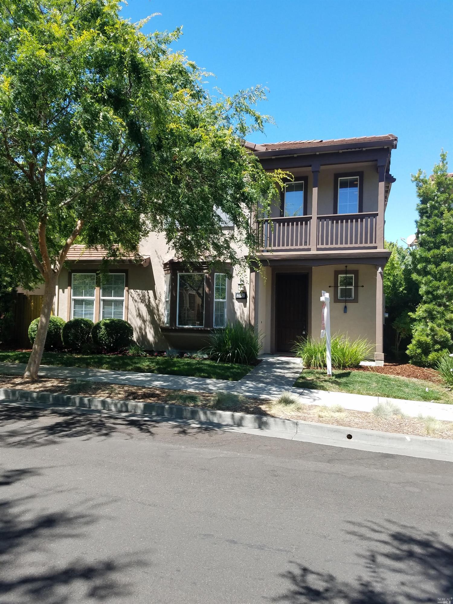 2183  Nectarine  Drive, SANTA ROSA, 95404, CA