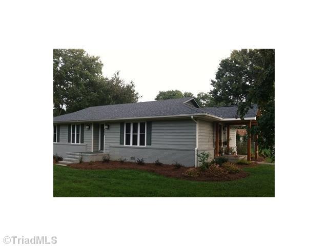8505 Bromfield, OAK RIDGE, NC 27310