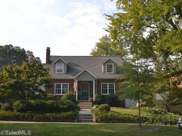 W  Friendly Avenue, GREENSBORO, NC 27403