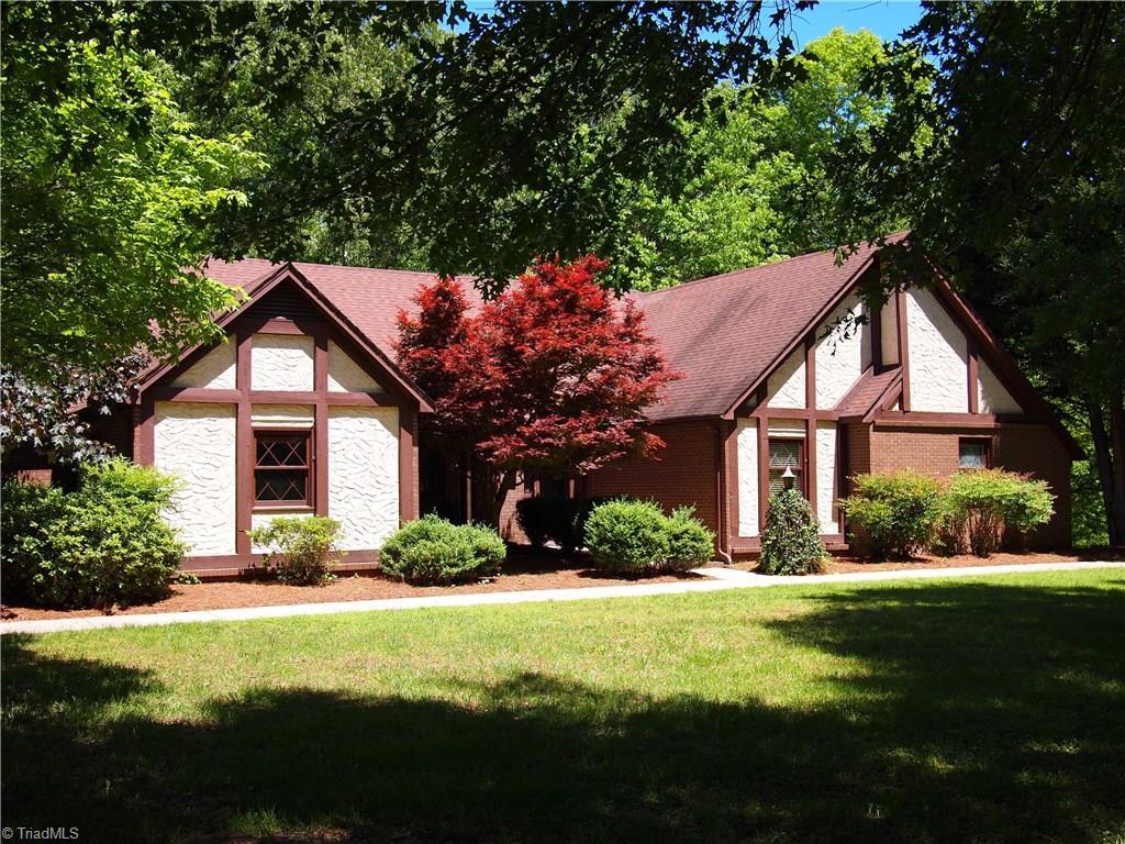 Hall Lane, WINSTON SALEM, NC 27127