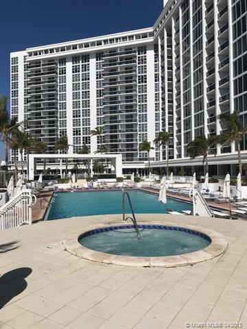 10275 Collins Ave #726