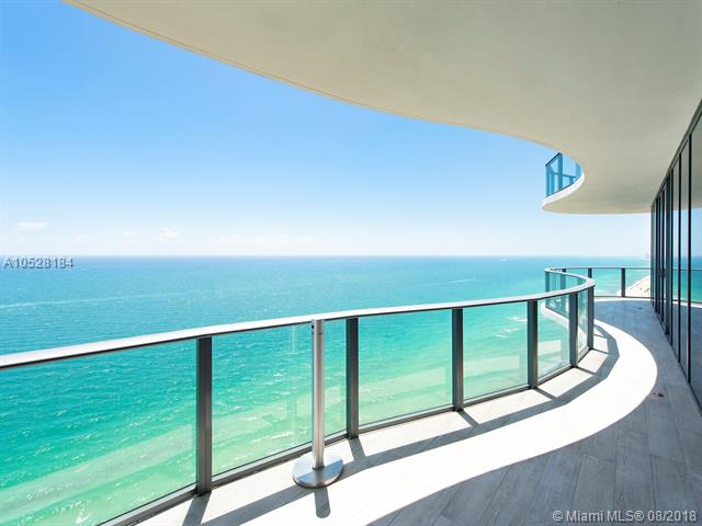 19575 Collins Ave #36
