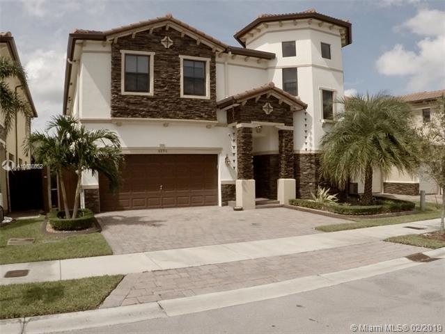 8890 NW 99th Ave