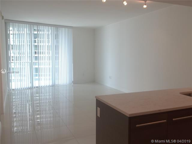 475 Brickell Ave #3211