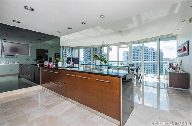 465 BRICKELL AVE #2501