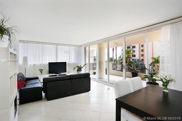 6422 Collins Ave #302