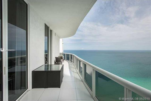 15901 Collins Ave #3902