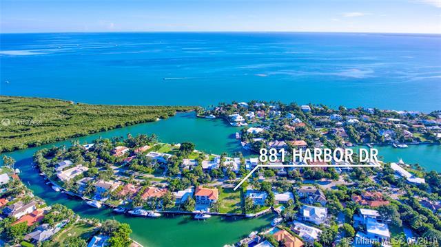 881 Harbor Dr