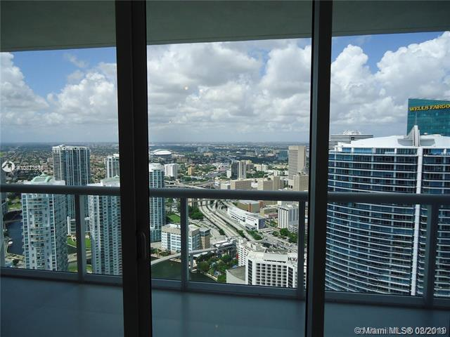 465 Brickell Ave #5606