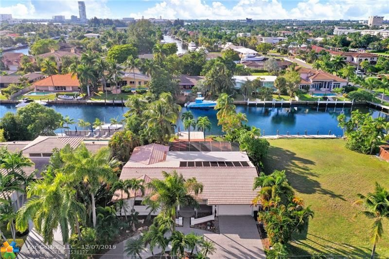 Main property image for  612 Hibiscus Dr