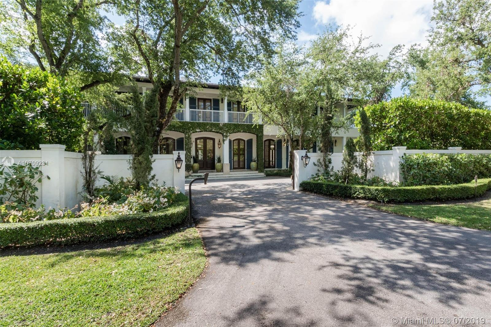 Main property image for  5450 Banyan Trl